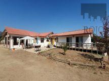 Valle Alegre, Casa en parcela, condominio, 3 dormitorios, piscina