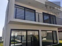 Lomas Montemar, amplia casa 4 dormitorios, 2 estar, terraza, jardín