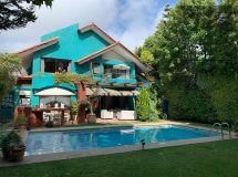 Bosques Montemar, gran casa sólida, 5 dormitorios + mansarda, piscina