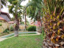 Bosques Montemar, sólida, 4 dormitorios, amplio jardín, piscina